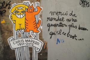 Les deux chats de Mr Chat en hommage à Chris Marker (1921-2012), 6 rue Courat