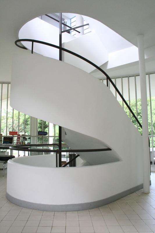 escalier villa savoye so cute so culture. Black Bedroom Furniture Sets. Home Design Ideas